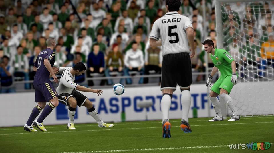 FIFA 13 Wii U Gameplay - YouTube